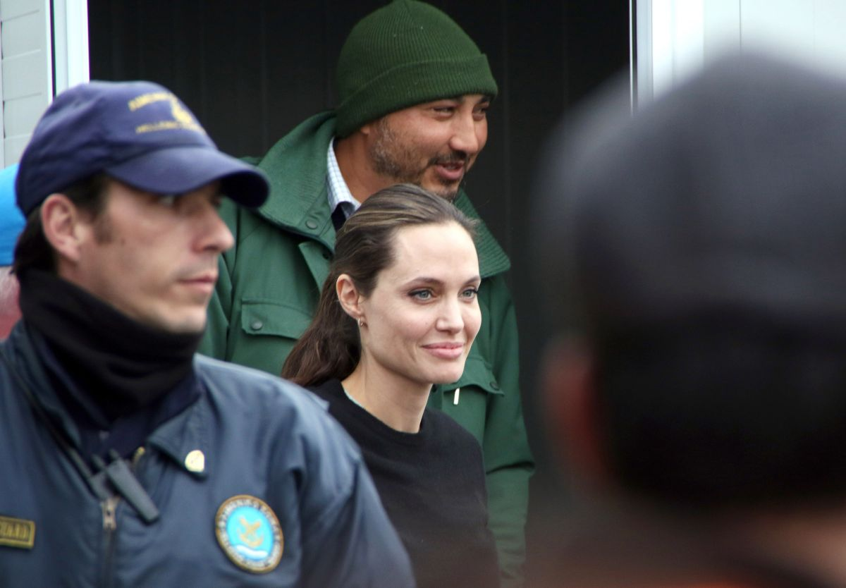 ANGELINA JOLIE at Piraeus in Greece with Syrian Refugees 03/16/2016