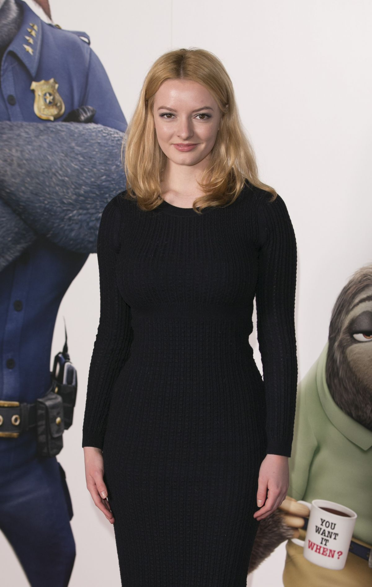 dakota blue richards listal
