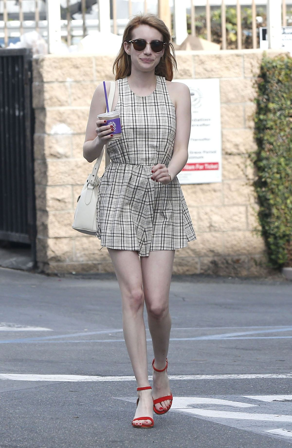 emma roberts out and about in los angeles 03272016