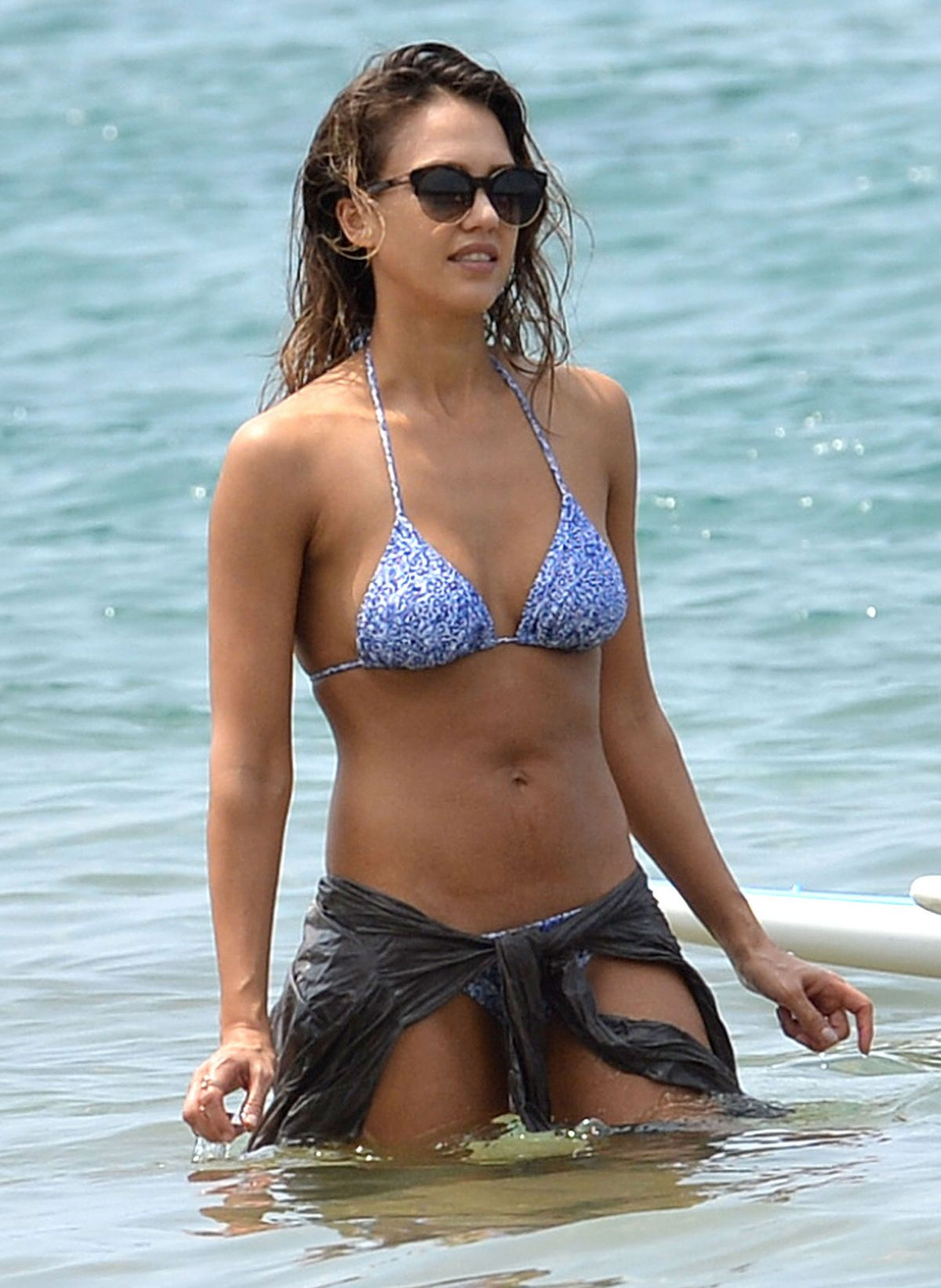Jessica Alba Nude Photos & Videos -