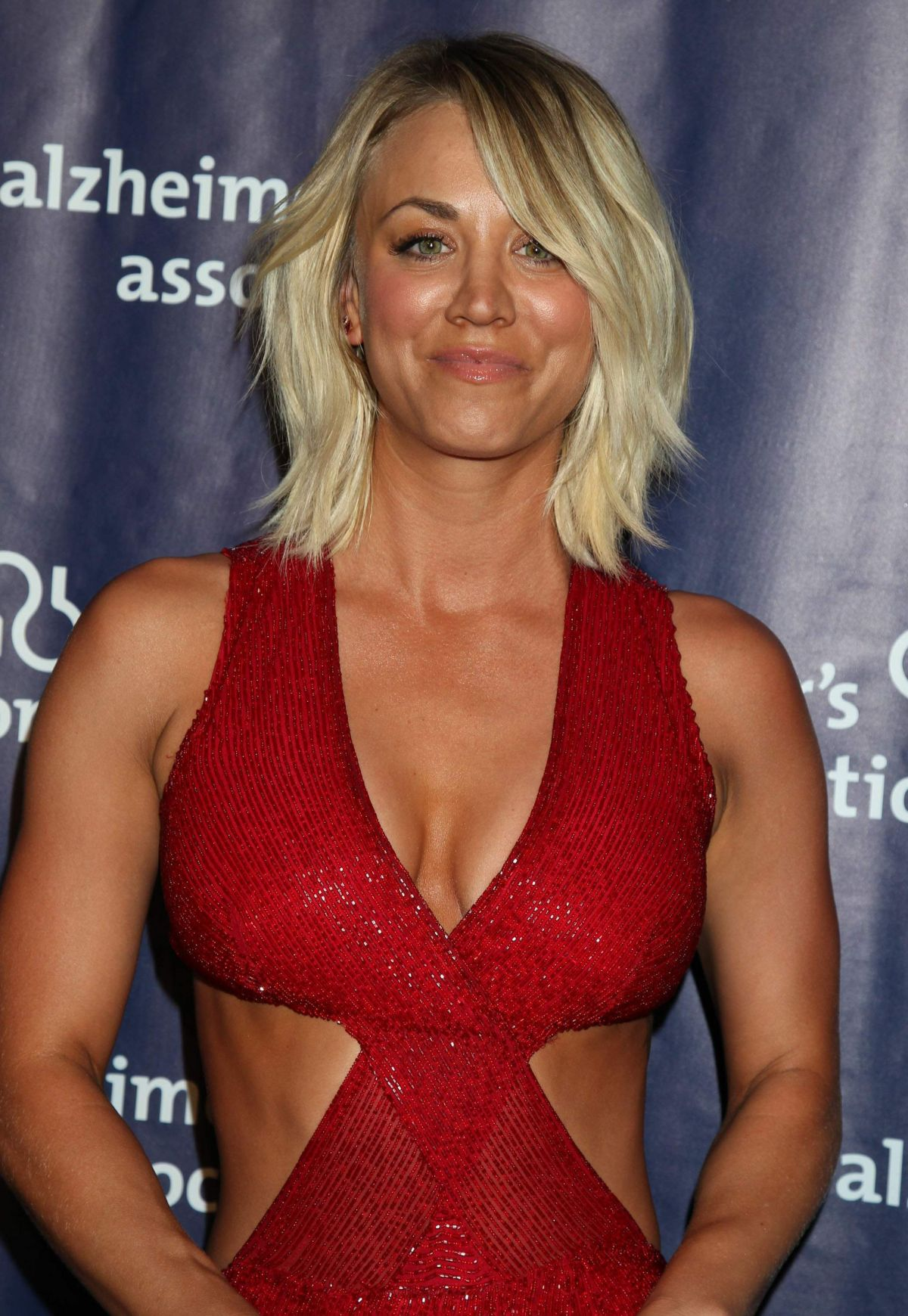 Kaley Cuoco Archives - Page 9 of 31 - HawtCelebs - HawtCelebs