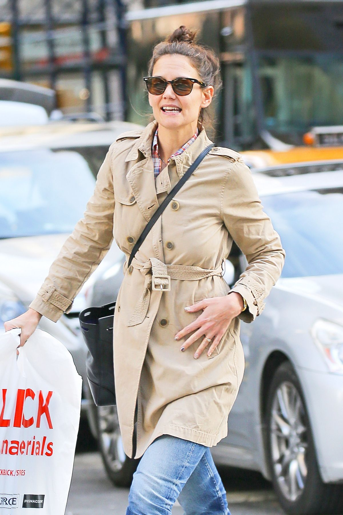 KATIE HOLMES Out and About in New York 02/17/2016