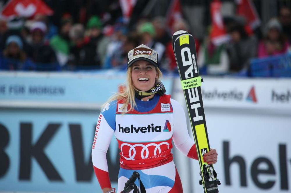 LARA GUT Wins World Cup 2015/16 in Lenzerheide