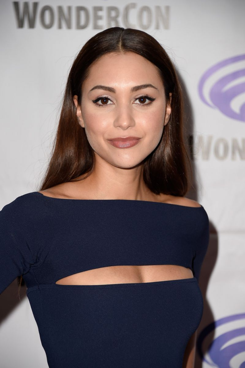 LINDSEY MORGAN at The 100 Panel at Wondercon 2016 in Los Angeles 03/27/2016