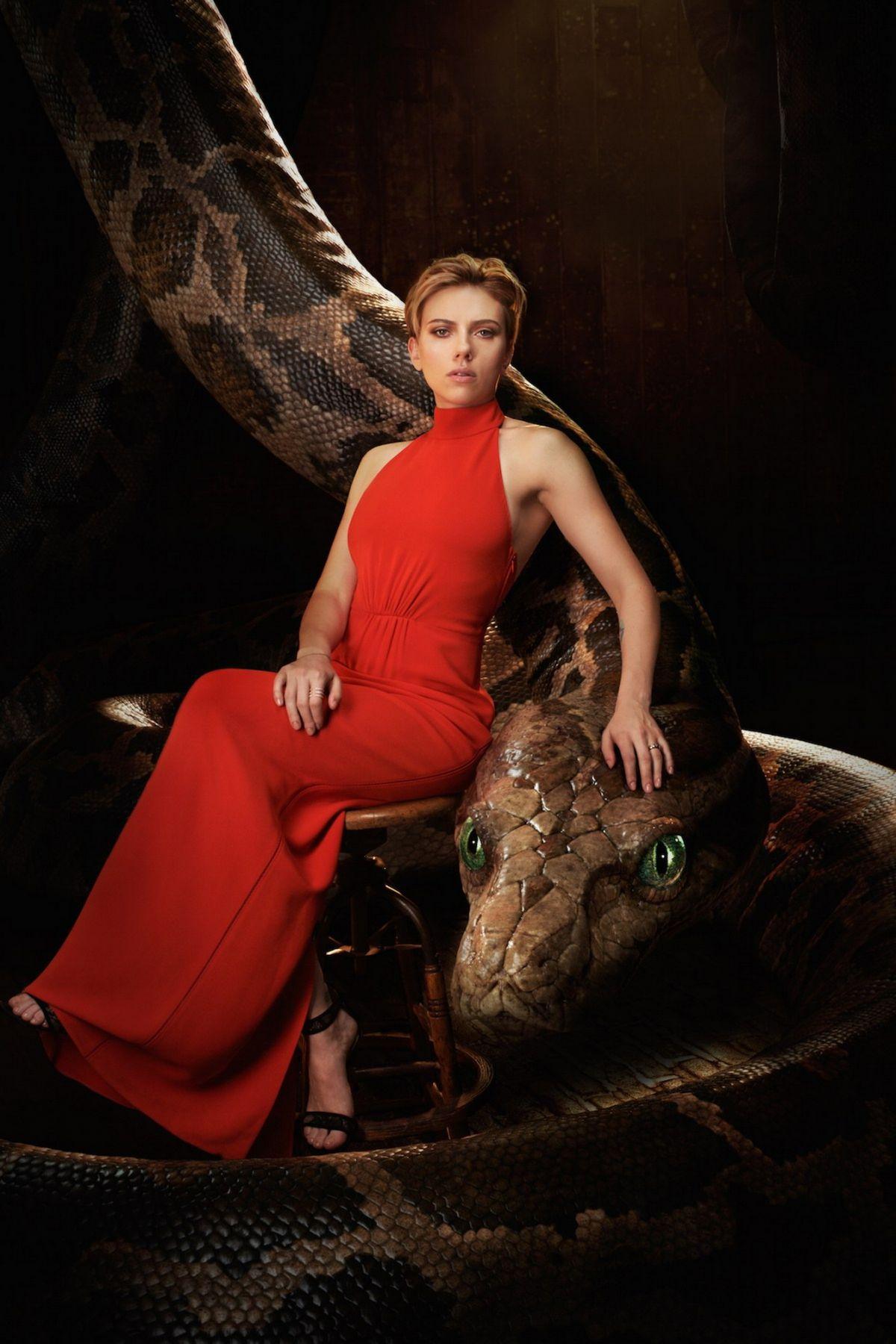 Scarlett Johansson Arc...
