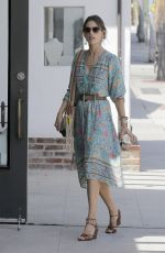 ALESSANDRA AMBROSIO at Brentwood Country Mart 04/22/2016