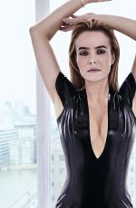 AMANDA HOLDEN in a Black Swimsuit on the Set of a Photoshoot 04/02/2016