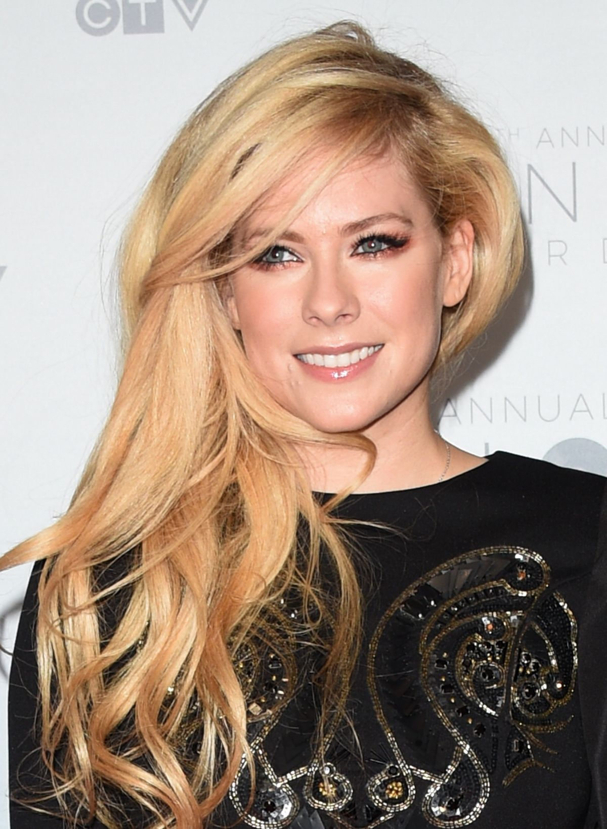 avril lavigne at juno awards in calgary 04032016