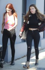 BELLA nad DANI THORNE Ou Sthopping in Los Angeles 04/11/2016