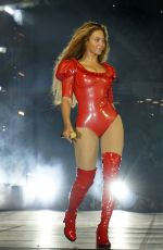 BEYONCE Performs at a Concert in Miami 04/27/0016