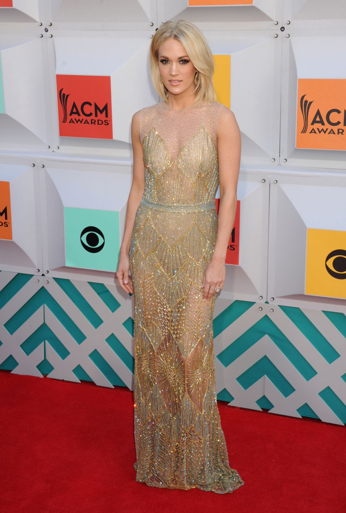 Carrie-Underwood-Academy-Country-Music-Awards-ACM-2016-Red