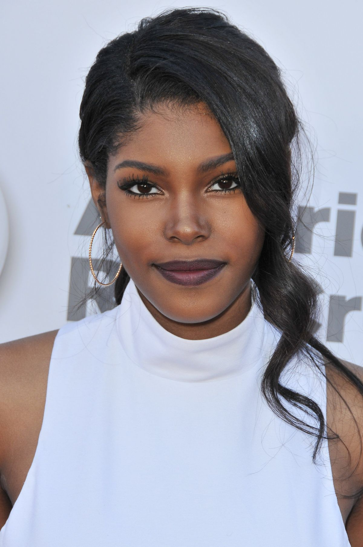 DIAMOND WHITE at What's Trending 4th Annual Tubeathon in Burbank 04/20/2016