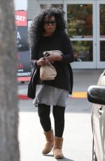 DIANA ROSS Leaves Bristol Farms in Beverly Hills 03/27/2016