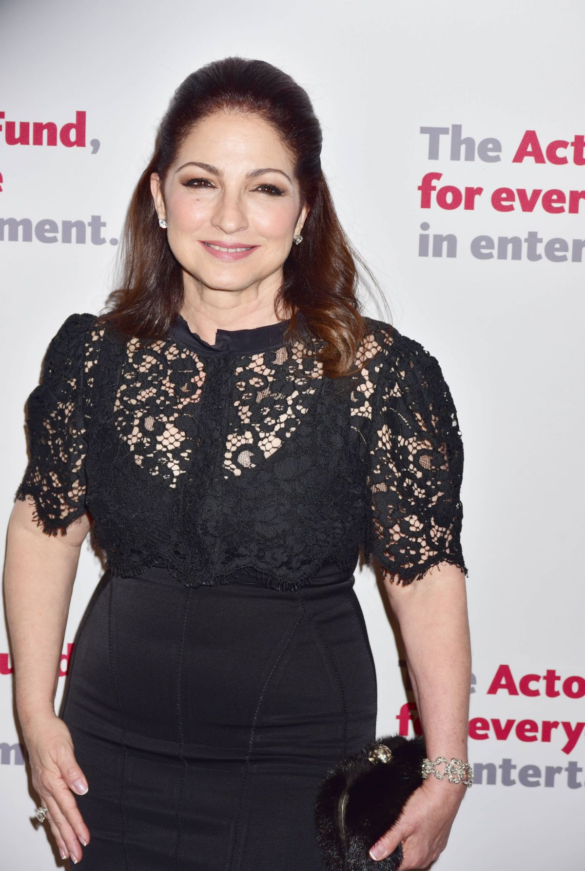 GLORIA ESTEFAN at Actors Fund 2016 Gala in New York 04/25/2016