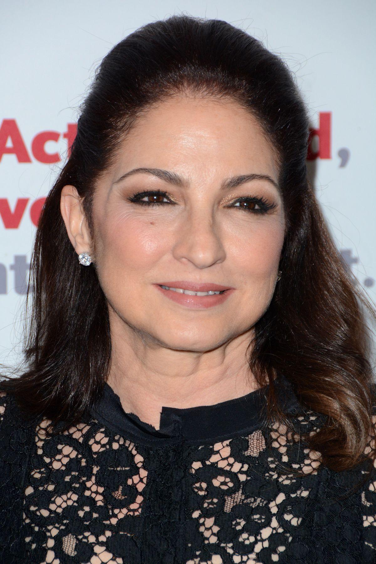 Gloria Estefan At Actors Fund 2016 Gala In New York 04 25