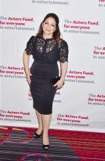 GLORIA ESTEFAN at Actors Fund 2016 Gala in New York 04/25/2016