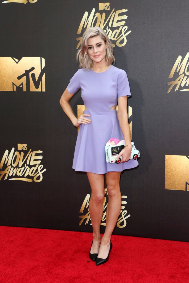 GRACE HELBIG at 2016 MTV Movie Awards in Burbank 04/09/2016