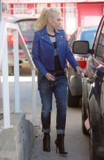 GWEN STEFANI in Jeans Out in Hollywood 04/15/2016