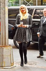 GWEN STEFANI Out and About in Manhattan 04/01/2016