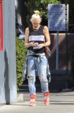 GWEN STEFANI Out for Breakfast in Beverly Hills 04/23/2016