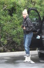 GWEN STEFANI Out Shoping in Los Angeles 04*09/2016