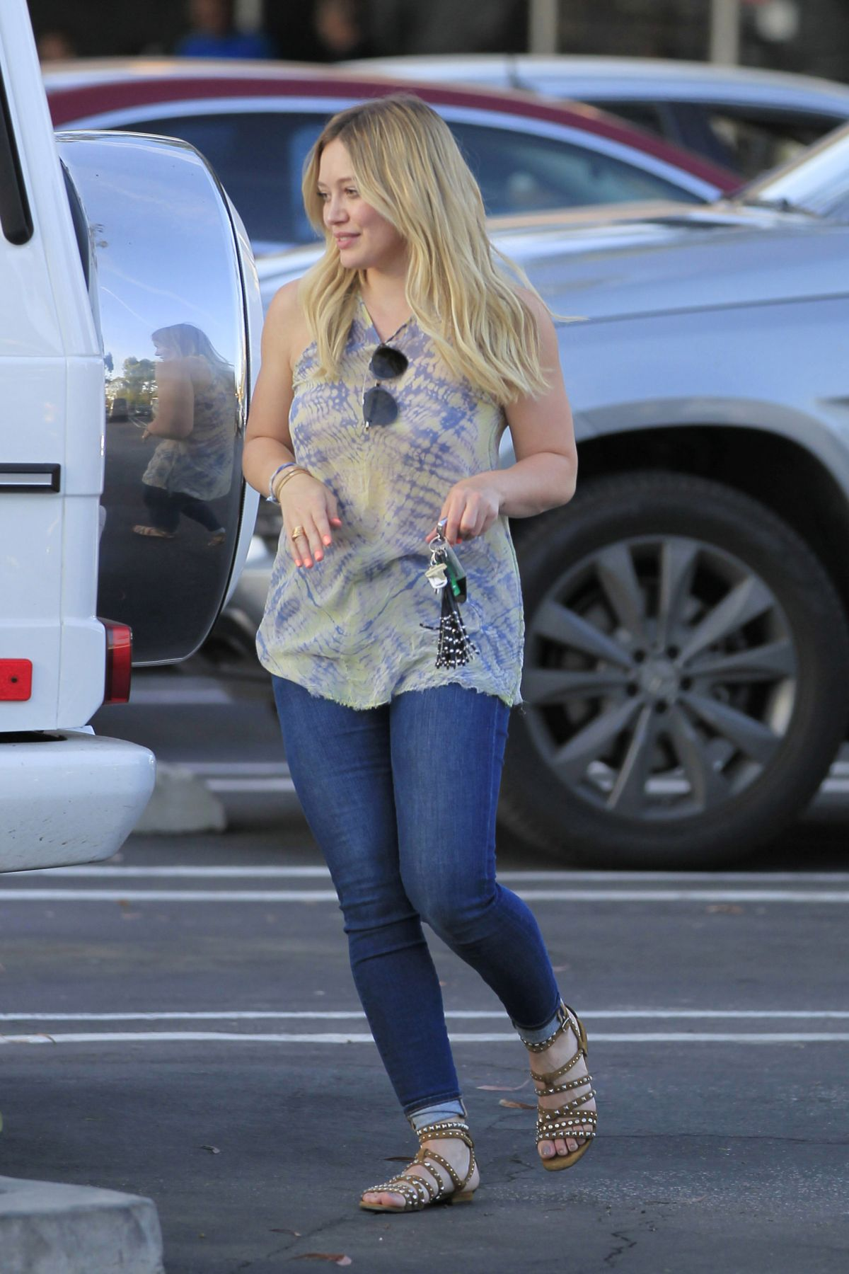 HILARY DUFF Leaves a Dinner in Beverly Hills 04/20/2016