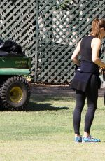 JENNIFER GARNER Walks Her Dog Out in Los Angeles 04/04/2016