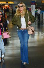KATE HUDSON Arrives at JFK Airport in New York 04/27/2016