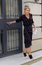 KELLY RIPA Leaves Her Home in New York 04/21/2016