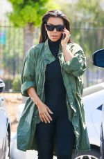KIM KARDASHIAN Out and About in Glendale 04/01/2016