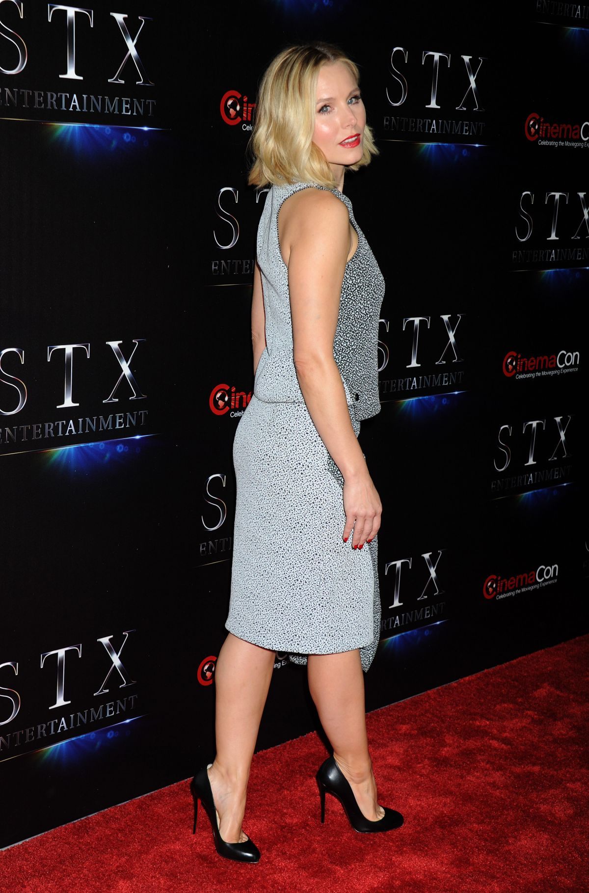 KRISTEN BELL at 'The... Mischa Barton