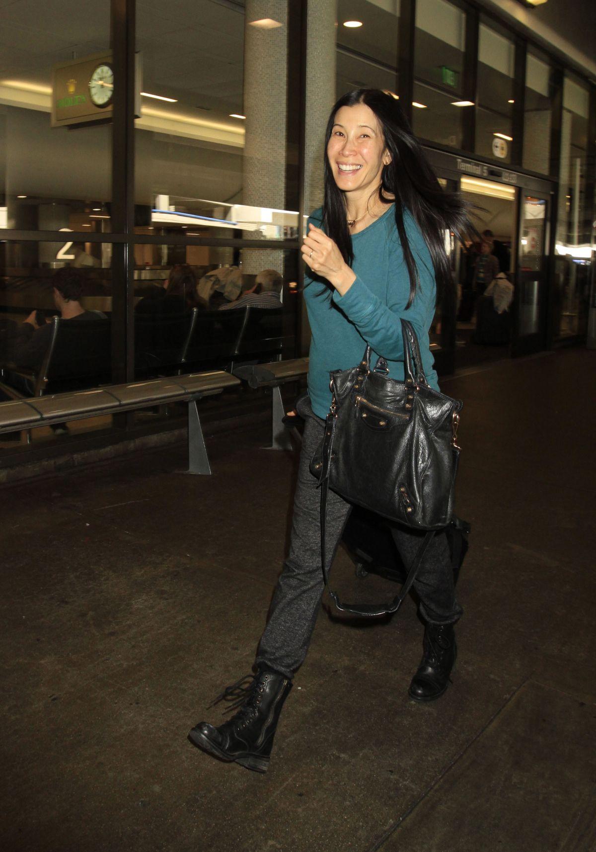 LISA LING at Los Angeles International Airport 03/09/2016