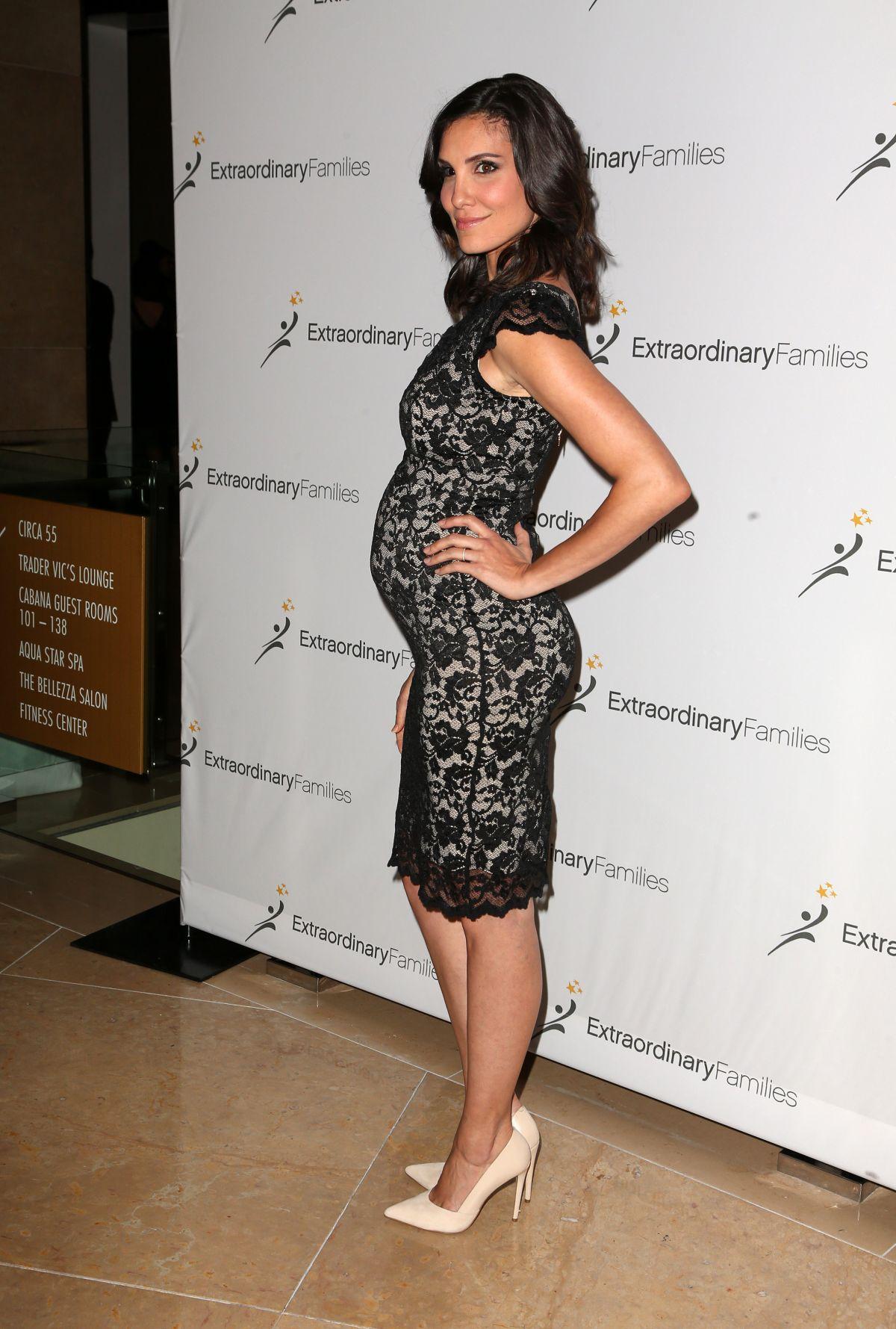 Megan Fox Pregnant - newhairstylesformen2014.com