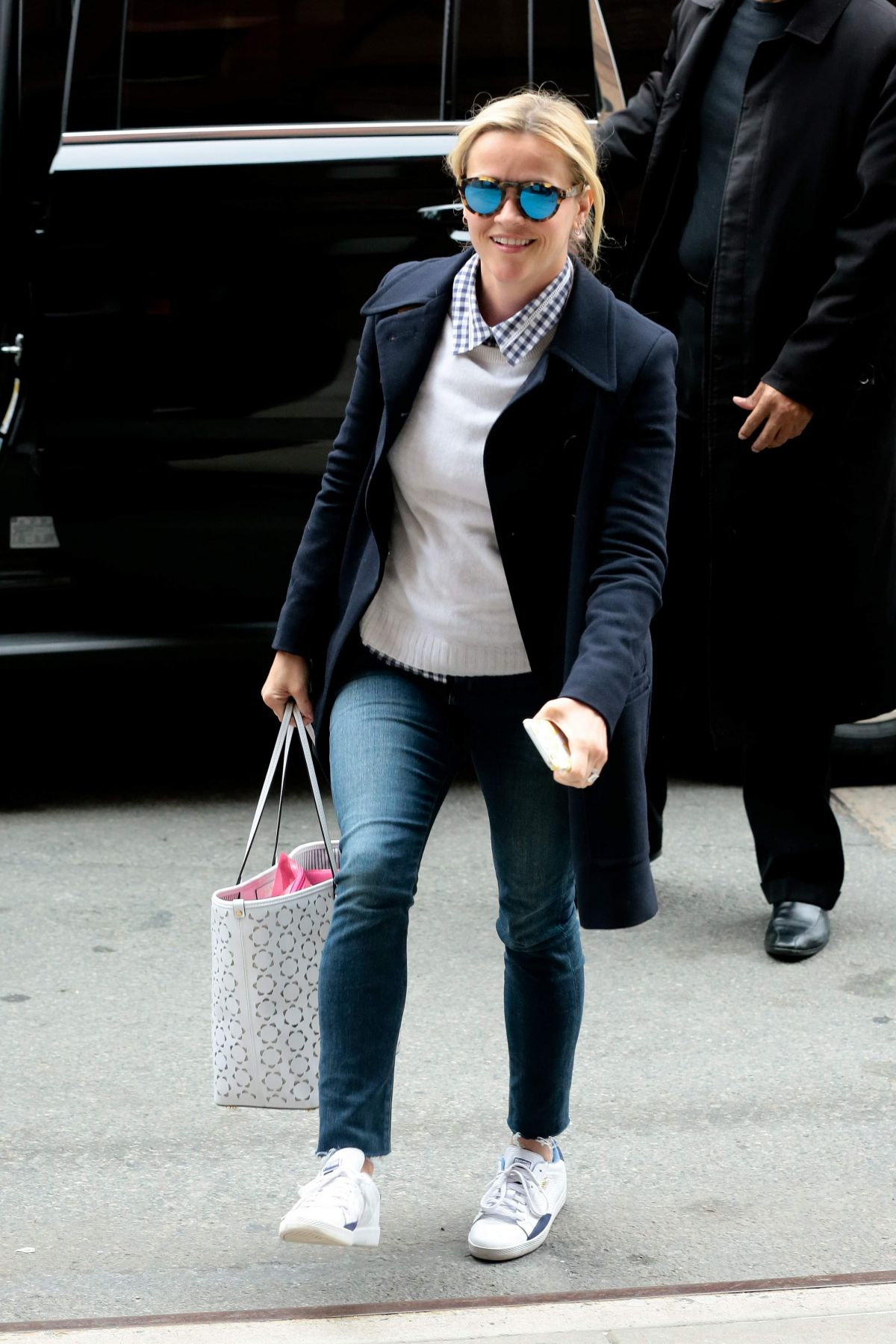 REESE WITHERSPOON Arrives at Her Hotel in New York 04/09/2016