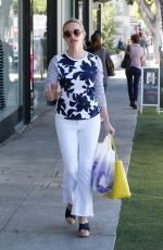 REESE WITHERSPOON Out Shopping in Brentwood 03/31/2016