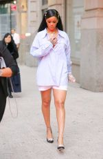 RIHANNA Leaves Her Apartment in New York 04/01/2016