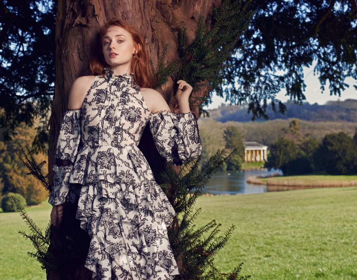 SOPHIE TURNER in The Edit Magazine, April 2016 Issue
