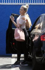 WITMEY CARSON Arrives at a Studio in Hollywood 04/22/2016