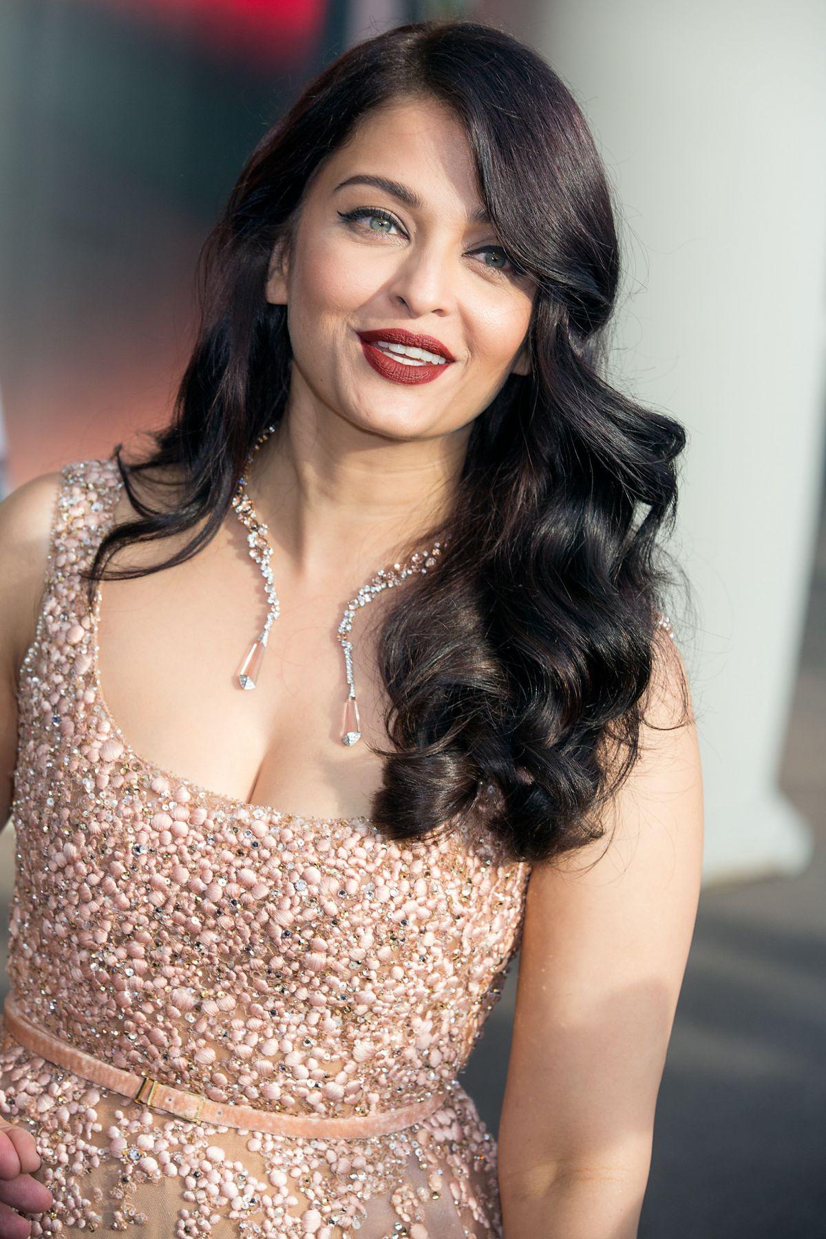 AISHWARAYA RAI BACHCHAN at Hotel Martinez in Cannes 05/13/2016