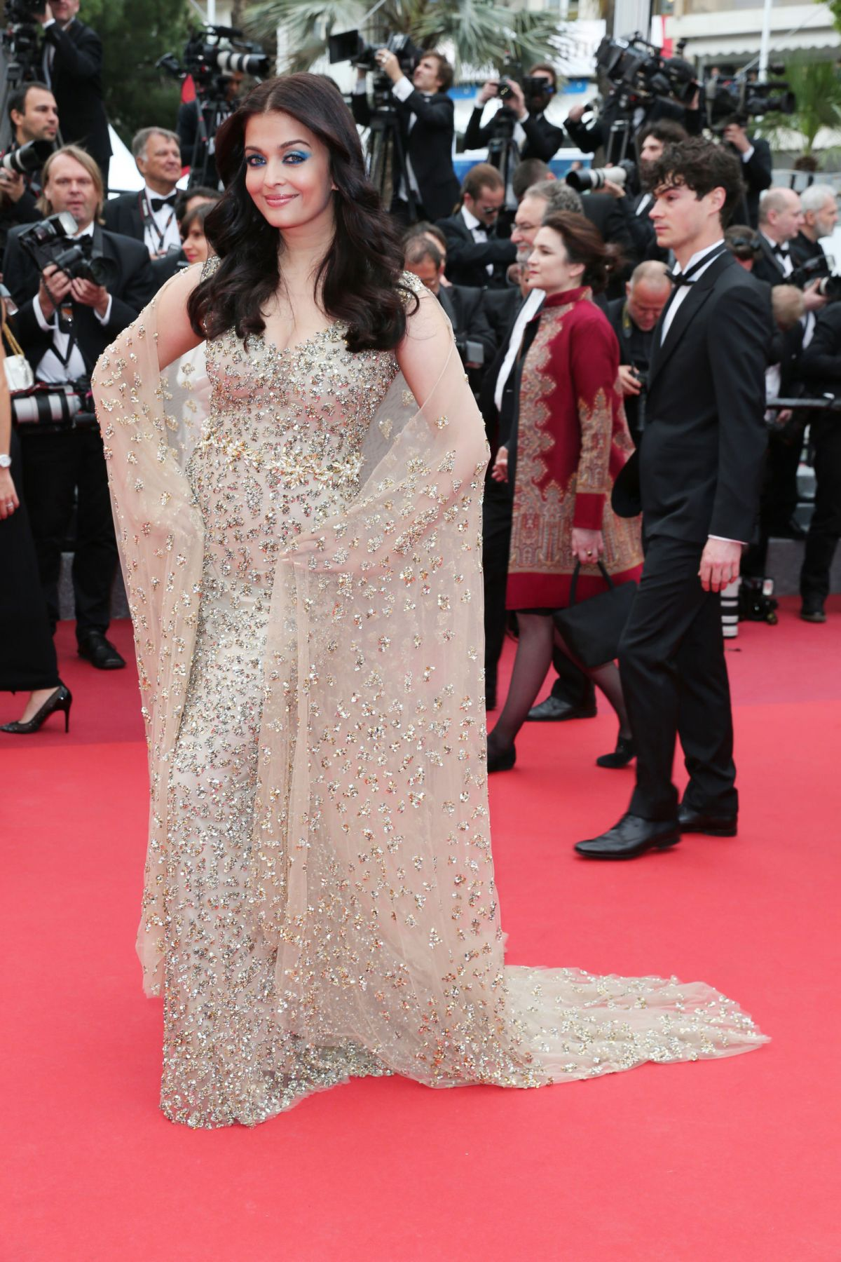 AISHWARYA RAI at 'Slack Bay' Premiere at 69th Cannes Film Festival 05/43/2016