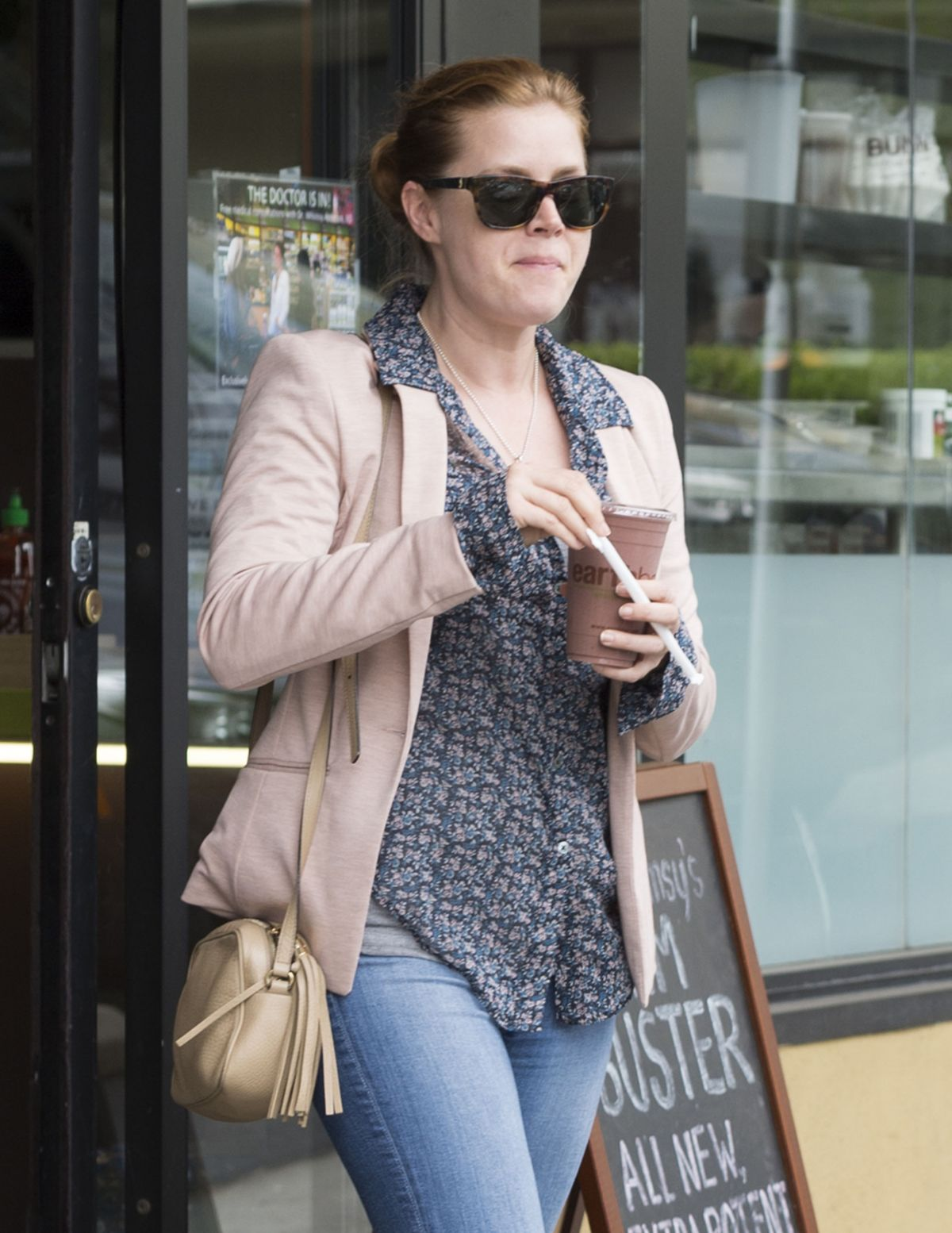 AMY ADAMS Leaves Earth Bar in West Hollywood 05/04/2016