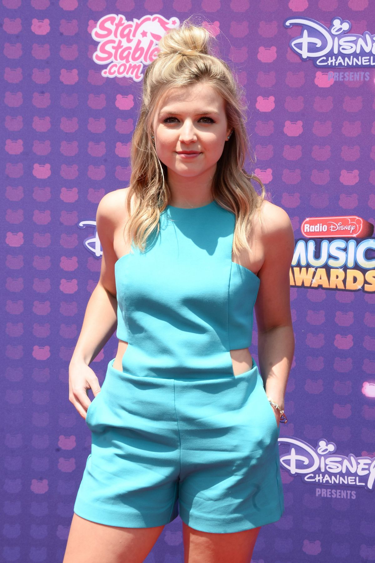 ANNA GRACE BARLOW at 2016 Radio Disney Music Awards in Los Angeles 04/30/2016