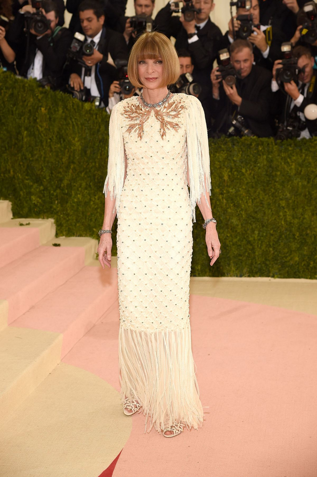 ANNA WINTOUR at Costume Institute Gala 2016 in New York 05/02/2016