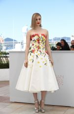 "BELLA HEATHCOTE at ""The Neon Demon"