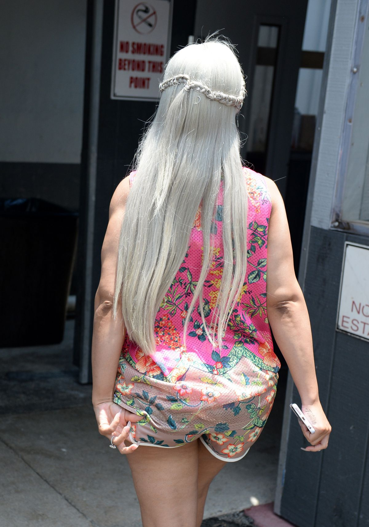 Blac Chyna At Rustic Inn Seafood And Crab House In Fort