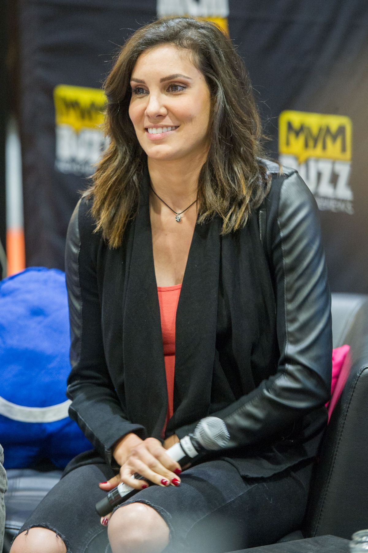 DANIELA RUAH at London Comic-con 05/28/2016