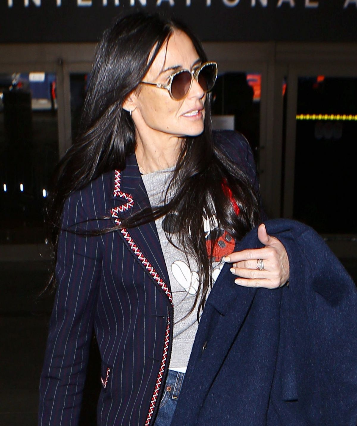 DEMI MOORE at LAX Airp...
