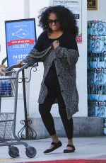 DIANA ROSS Shopping at Bristol Farms in Beverly Hills 05/23/2016