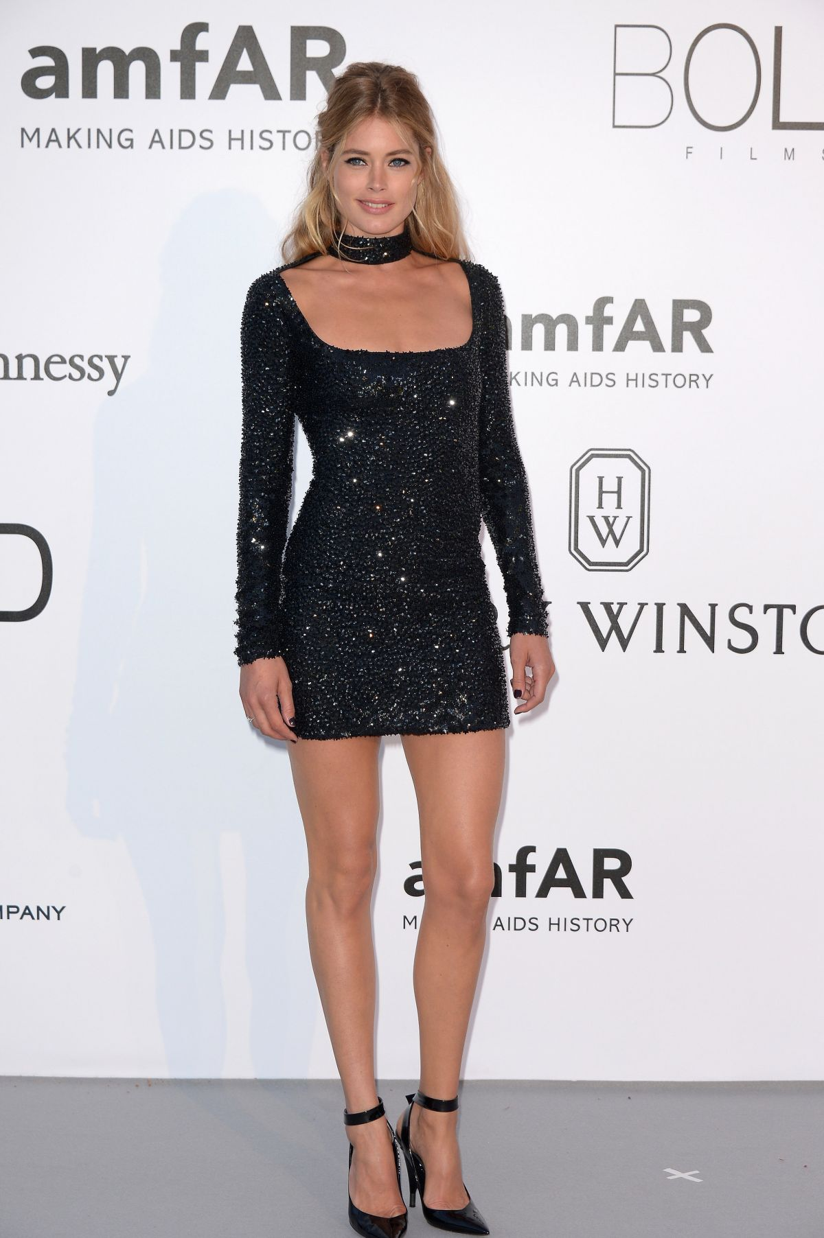 DOUTZEN KROES at Amfar's 23rd Cinema Against Aids Gala in Antibes 05/19/2016