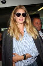 DOUTZEN KROES at Nice Airport 05/16/2016